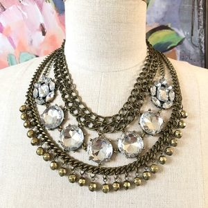 🌟WOW🌟crystal & hammered gold statement necklace